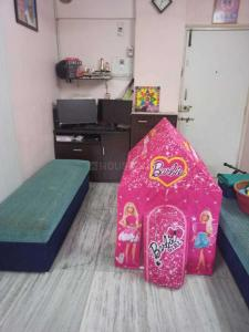Gallery Cover Image of 650 Sq.ft 1 BHK Apartment for buy in Goregaon West for 10000000
