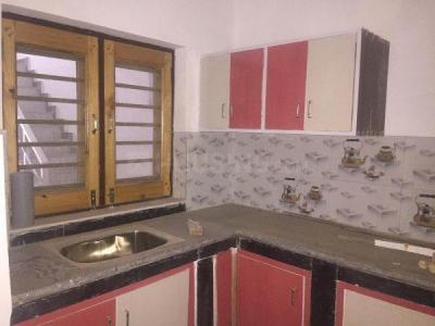 Gallery Cover Image of 850 Sq.ft 2 BHK Independent Floor for rent in Sector 19 for 12000
