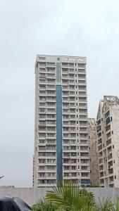 Gallery Cover Image of 1950 Sq.ft 3 BHK Apartment for buy in Concrete Sai Saakshaat, Kharghar for 23500000
