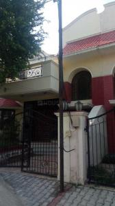 Gallery Cover Image of 2700 Sq.ft 4 BHK Independent House for buy in Sector 48 for 31000000