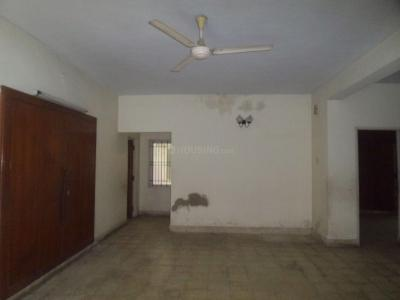 Gallery Cover Image of 1560 Sq.ft 3 BHK Apartment for buy in T Nagar for 13100000