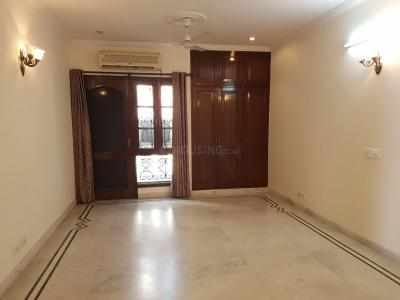 Gallery Cover Image of 2799 Sq.ft 4 BHK Independent Floor for buy in Alaknanda for 37500000