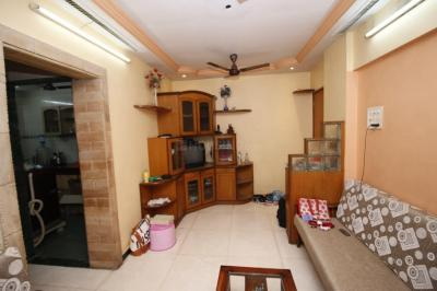 Gallery Cover Image of 530 Sq.ft 1 BHK Apartment for rent in Dahisar East for 24000