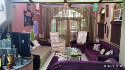 Gallery Cover Image of 2000 Sq.ft 4 BHK Apartment for buy in Pitampura for 35000000