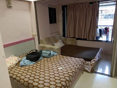 Gallery Cover Image of 1300 Sq.ft 2 BHK Apartment for rent in Prabhadevi for 18000