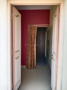 Gallery Cover Image of 380 Sq.ft 1 RK Apartment for rent in Brookefield for 12000