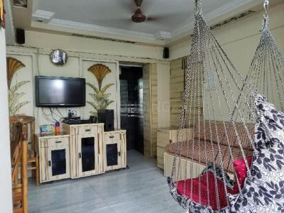 Gallery Cover Image of 1000 Sq.ft 2 BHK Apartment for rent in Santacruz West for 70000