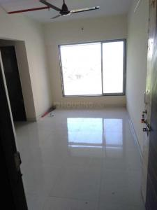 Gallery Cover Image of 350 Sq.ft 1 BHK Apartment for rent in Royal Nest, Malad West for 15000