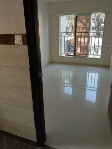 Gallery Cover Image of 550 Sq.ft 2 BHK Apartment for buy in Chandiwala Pearl Harmony, Andheri West for 9000000