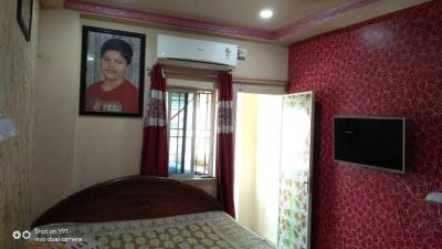 Gallery Cover Image of 700 Sq.ft 2 BHK Apartment for buy in Paschim Barisha for 2200000