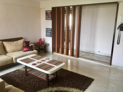 Gallery Cover Image of 980 Sq.ft 2 BHK Apartment for rent in Andheri West for 60000