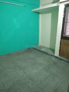 Gallery Cover Image of 510 Sq.ft 1 BHK Apartment for rent in RWA LIG Flats Sarita Vihar, Sarita Vihar for 11000