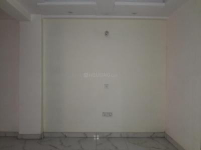 Gallery Cover Image of 900 Sq.ft 3 BHK Apartment for rent in Sector 28 Dwarka for 14000