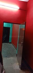 Gallery Cover Image of 630 Sq.ft 2 BHK Independent House for rent in Naya Ganj for 6000