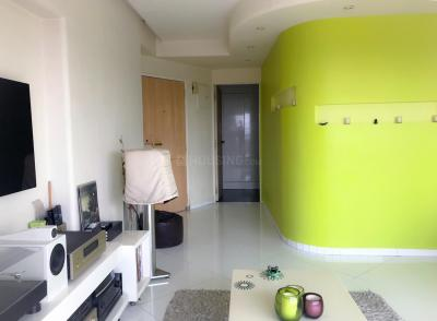 Gallery Cover Image of 721 Sq.ft 1 BHK Apartment for buy in Andheri West for 18500000