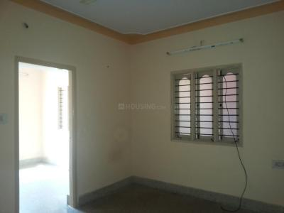 Gallery Cover Image of 600 Sq.ft 2 BHK Apartment for rent in Jeevanbheemanagar for 14000