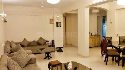 Gallery Cover Image of 1100 Sq.ft 2 BHK Apartment for rent in Khar West for 120000