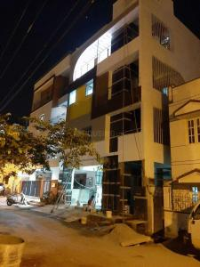 Gallery Cover Image of 900 Sq.ft 2 BHK Independent House for rent in J P Nagar 8th Phase for 15000