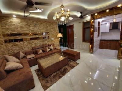 Gallery Cover Image of 1010 Sq.ft 3 BHK Independent Floor for buy in Dwarka Mor for 4800000