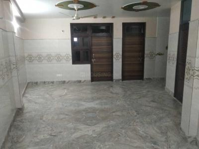 Gallery Cover Image of 1025 Sq.ft 2 BHK Apartment for rent in Sector 19 Rohini for 14500