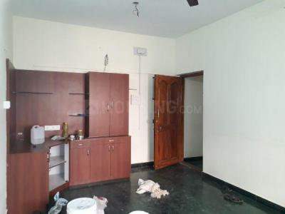 Gallery Cover Image of 850 Sq.ft 2 BHK Apartment for rent in Vadapalani for 19000