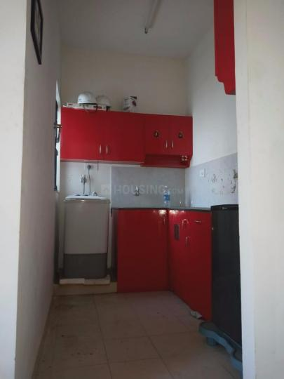Kitchen Image of 1000 Sq.ft 1 BHK Apartment for rent in Padapai for 6000