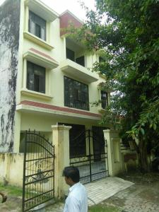 Gallery Cover Image of 600 Sq.ft 1 BHK Independent Floor for rent in Beta I Greater Noida for 7000