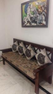 Gallery Cover Image of 1400 Sq.ft 3 BHK Independent Floor for buy in Malviya Nagar for 18000000