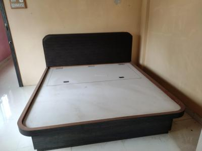 Gallery Cover Image of 1400 Sq.ft 3 BHK Independent Floor for rent in Kasba Peth for 23000