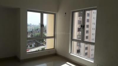 Gallery Cover Image of 1200 Sq.ft 3 BHK Apartment for rent in PS Equinox, Tangra for 27000