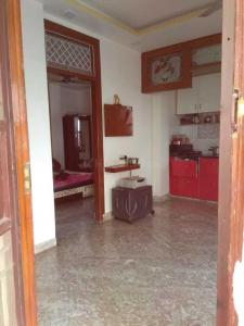 Gallery Cover Image of 600 Sq.ft 2 BHK Independent Floor for buy in Laxmi Nagar for 4000000