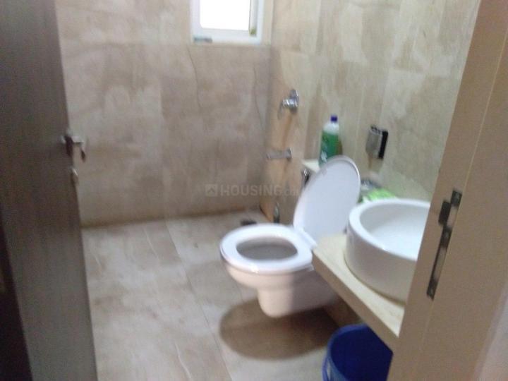 पीजी 5027728 मलाड ईस्ट इन मलाड ईस्ट के बाथरूम की तस्वीर