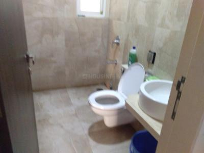 Bathroom Image of PG 5027728 Malad East in Malad East