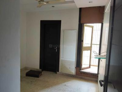 Gallery Cover Image of 1370 Sq.ft 3 BHK Independent Floor for rent in Janakpuri for 32000
