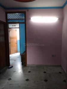 Gallery Cover Image of 350 Sq.ft 1 BHK Independent Floor for rent in Mandawali for 7500