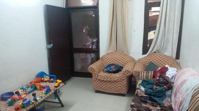 Gallery Cover Image of 1100 Sq.ft 3 BHK Apartment for buy in Pitampura for 12500000