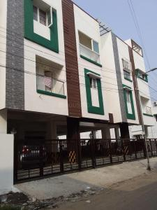Gallery Cover Image of 950 Sq.ft 2 BHK Apartment for buy in  South kolathur for 4750000