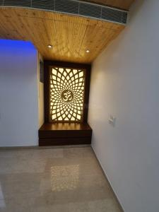 Gallery Cover Image of 3767 Sq.ft 5 BHK Independent Floor for buy in Niti Khand for 24800000