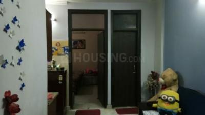 Gallery Cover Image of 450 Sq.ft 1 RK Independent Floor for rent in Moti Nagar for 10700