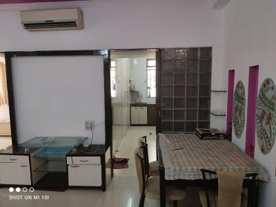 Gallery Cover Image of 1000 Sq.ft 2 BHK Apartment for rent in Churchgate Mansion, Churchgate for 110000