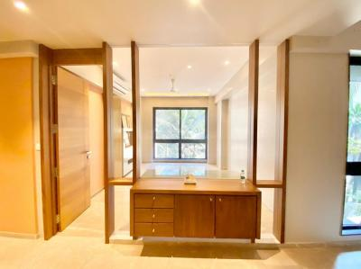 Gallery Cover Image of 1600 Sq.ft 3 BHK Apartment for rent in Calvin Shresth Vasant Kunj CHS Ltd, Santacruz West for 150000
