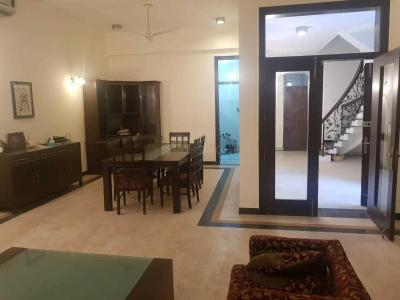 Gallery Cover Image of 3000 Sq.ft 5 BHK Independent House for rent in DLF Phase 1 for 125000