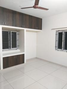 Gallery Cover Image of 810 Sq.ft 2 BHK Apartment for buy in Madipakkam for 5215000