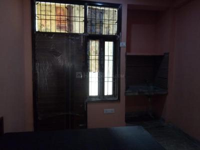 Gallery Cover Image of 310 Sq.ft 1 RK Apartment for rent in Sector 18 for 6500