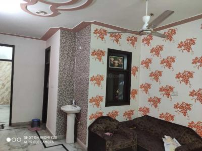 Gallery Cover Image of 750 Sq.ft 2 BHK Independent Floor for rent in Sector 4 Rohini for 12000