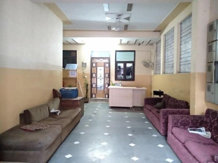 Living Room Image of C.i.s Residency in Khanpur