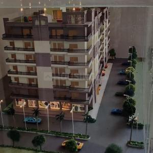 Gallery Cover Image of 1350 Sq.ft 3 BHK Independent Floor for buy in Ambesten Twin County, Noida Extension for 3149000