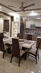 Gallery Cover Image of 2200 Sq.ft 4 BHK Apartment for rent in Dabbas Apartments, Sector 23 Dwarka for 42000
