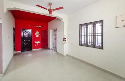 Gallery Cover Image of 900 Sq.ft 2 BHK Apartment for rent in Kolapakkam for 15000