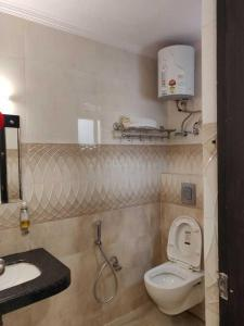 Bathroom Image of Pushpanjali PG in Sector 7 Dwarka